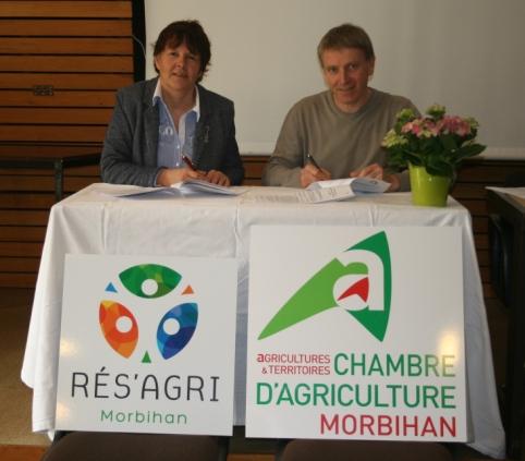 Signature de la nouvelle convention entre r s 39 agri 56 et - Chambre d agriculture morbihan ...